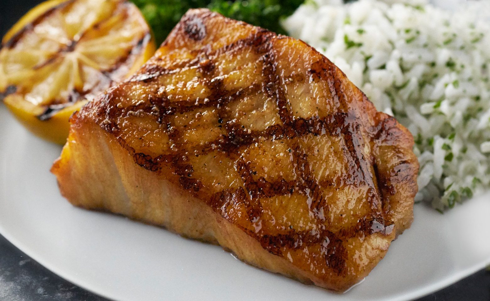 Come And Experience Seafood At Bonefish Grill